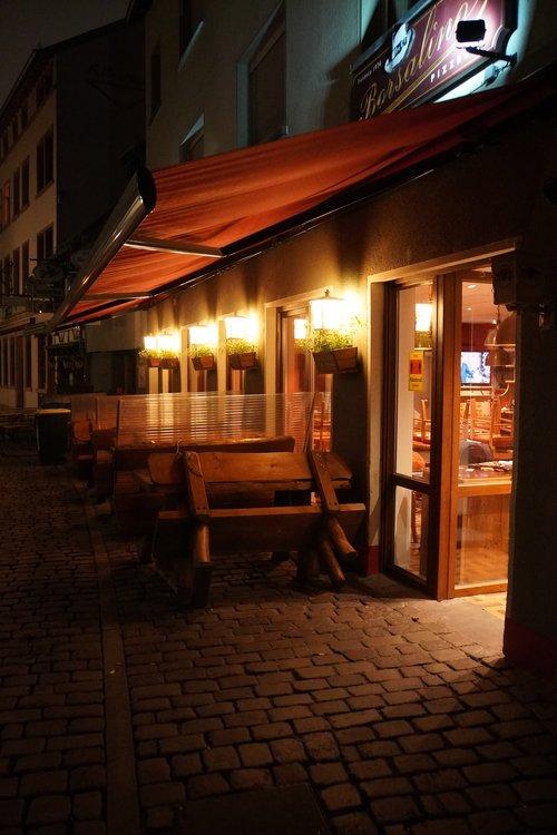 Borsalino Restaurant, Pizza, Alt-Sachsenhausen. Geschlossen im Lockdown