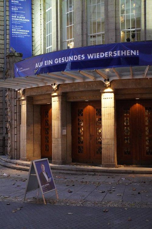 Altes Schauspielhaus. Auf ein gesunden Wiedersehen. Theater