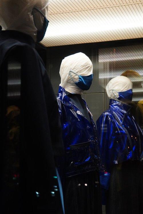 Schaufensterpuppen, Maske, Kunst, Blau. Theodor-Heuss-Straße